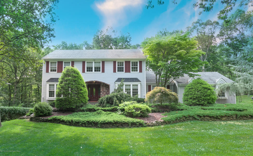 100 Stillwell Rd Middletown, NJ 07748   $585,000