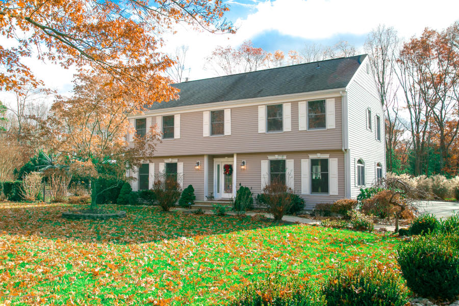 2440 Easy St Allenwood, NJ 08720   $597,000