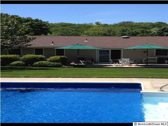 835 William Dr Brielle, NJ 08730   $680,000